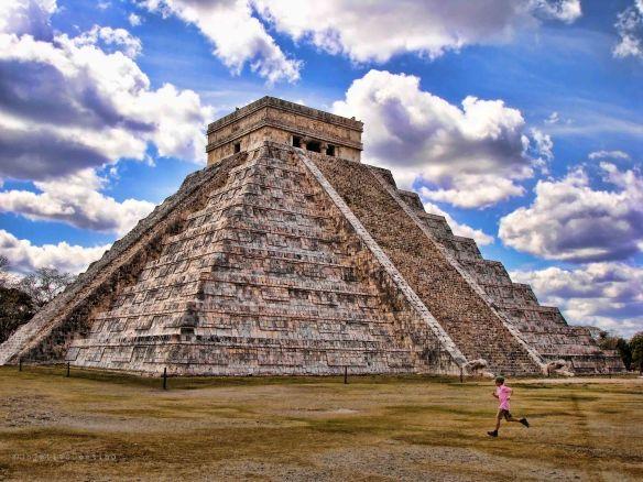 Pirámide de Kukulcán en México - Objetivo Destino